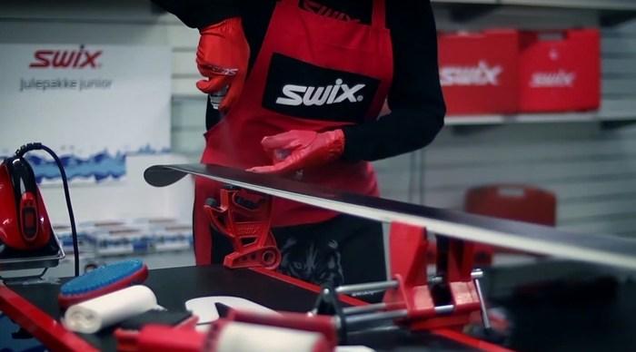 aplikacja smaru w spray SWIX